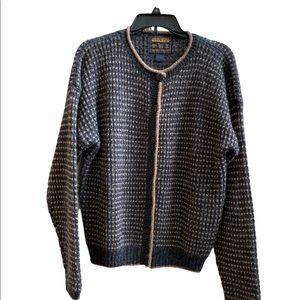 Vintage Woolrich women's sweater cardigan size M